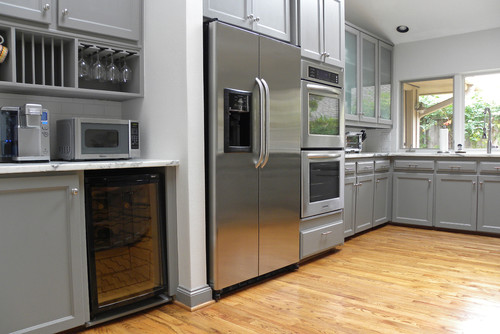 whats a good color for a kitchen whats the grey cabinet paint color 2167