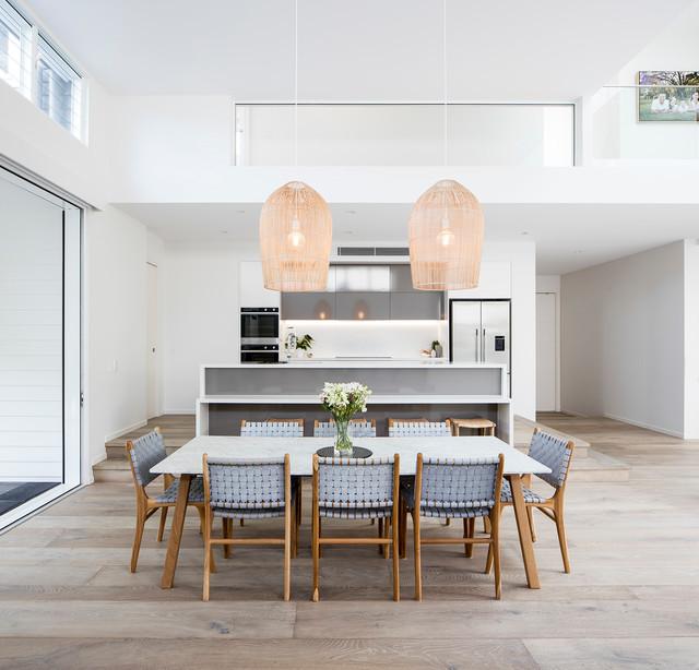 Noosaville House - Beach Style - Kitchen - Sunshine Coast ...