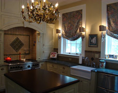 Norfolk House on the Hague traditional-kitchen