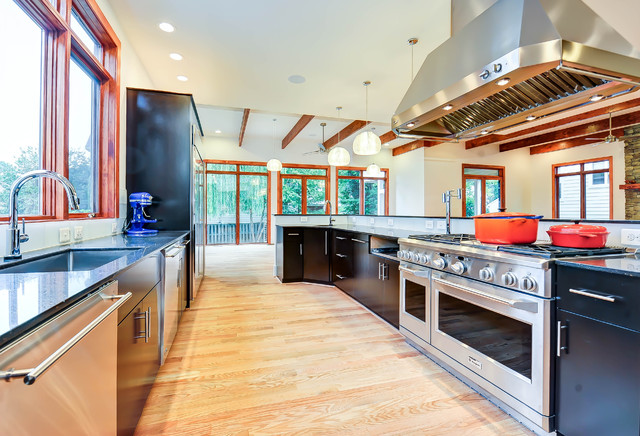 contemporary kitchen by SEED Homes