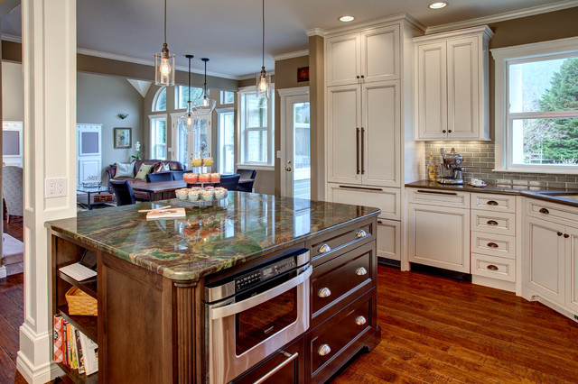 North Bend Kitchen Traditional Kitchen Seattle By Provanti Designs