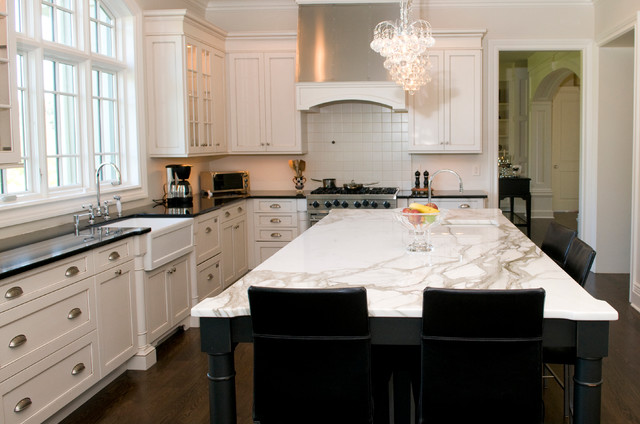 North Caldwell NJ  Traditional  Kitchen  New York  by Jennifer
