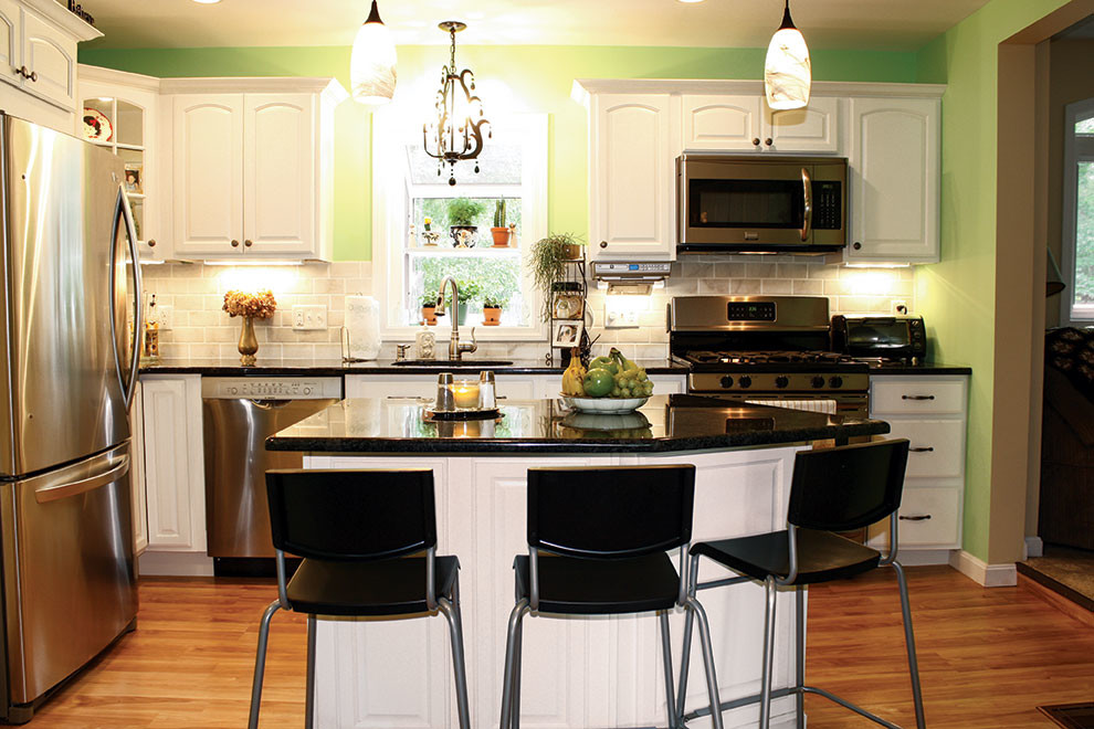 North Dartmouth - Traditional - Kitchen - Boston - by ...