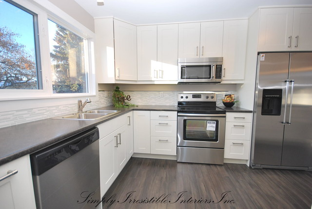 Http Www Houzz Com Photos 8720854 North Edmonton Fully Renovated Starter Home Transitional Kitchen Edmonton