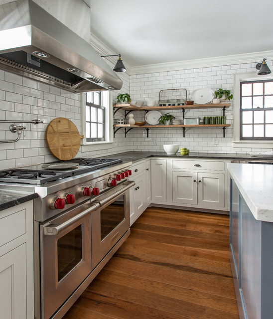 This Old House North Shore Farmhouse Farmhouse Kitchen By Kaminski Construction Management