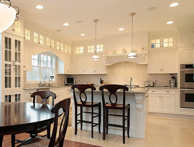 North Shore Projects traditional kitchen