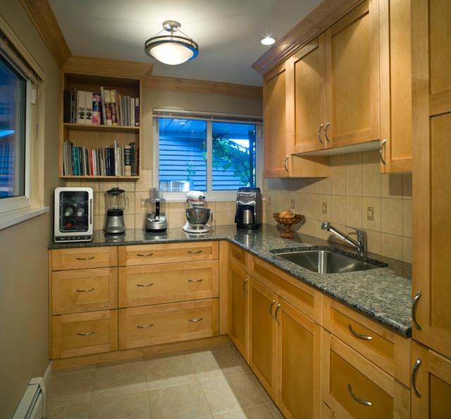 North Shore Views traditional-kitchen