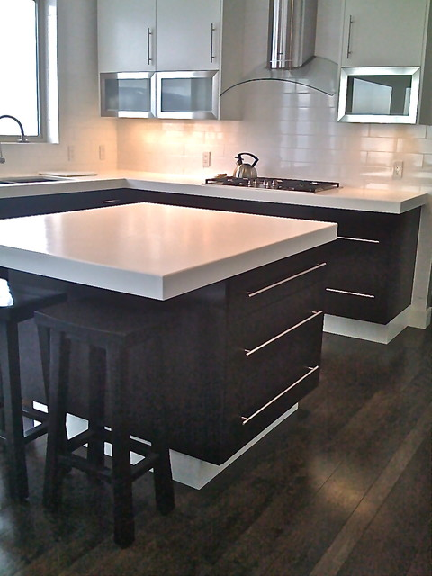 north vancouver kitchen design modern kitchen vancouver by chrissy co design savvy. Black Bedroom Furniture Sets. Home Design Ideas
