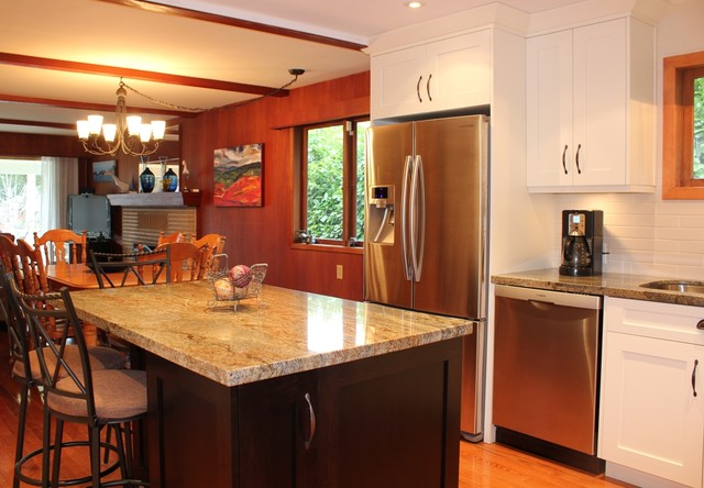 North Vancouver Kitchen Renovations Traditional Kitchen Vancouver By