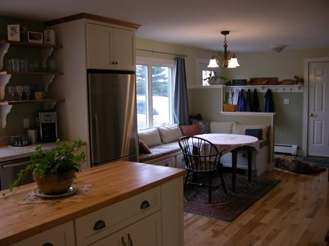 North Yarmouth Kitchen farmhouse-kitchen