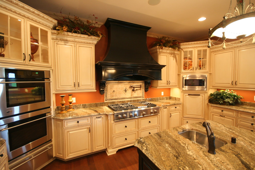 Northern Kentucky Kitchen - Traditional - Kitchen ...