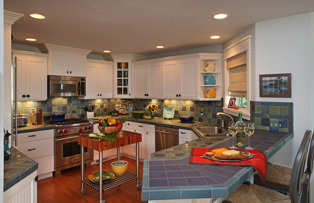 Northern Michigan Cottage eclectic-kitchen