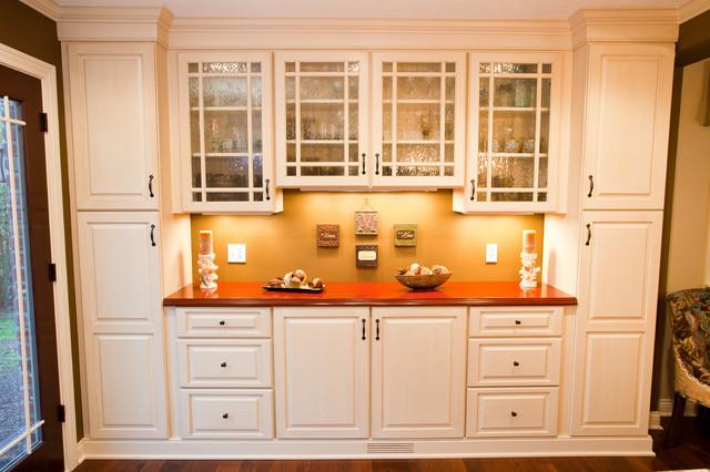Northwood Drive Kitchen Remodel traditional-kitchen
