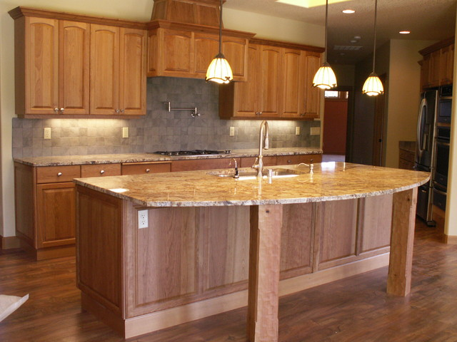 NW homes traditional-kitchen