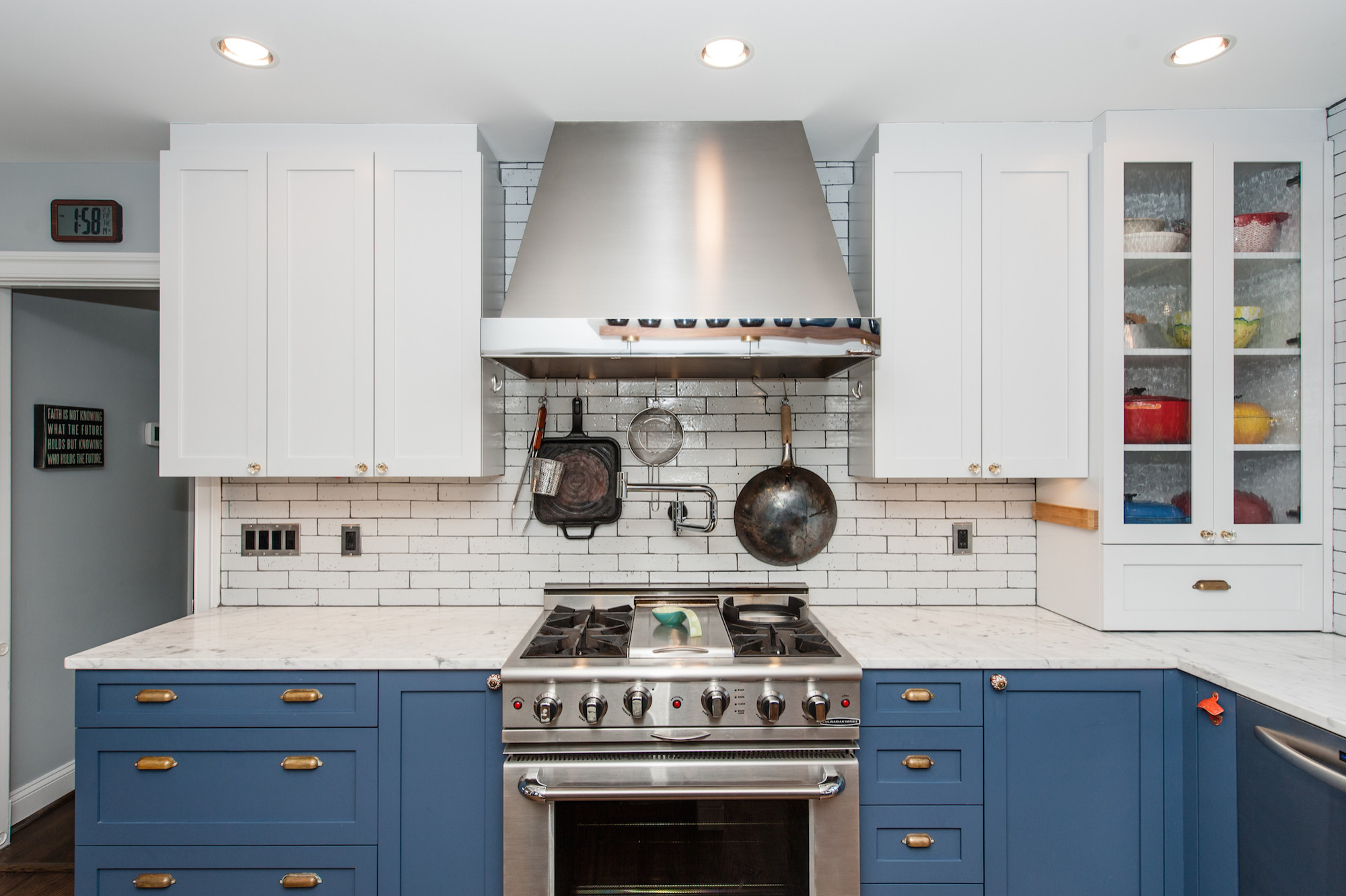 NW Washington, DC Shabby-Chic Style Kitchen & Cathedral-Ceiling Family Room