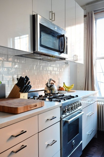 Nyc Small Kitchen Remodel Contemporary Kitchen New York By Myhome Design Remodeling Houzz Ie