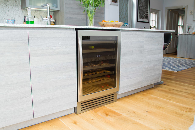 Oak Effect Cashmere Grey Contemporary Kitchen Belfast By In Toto Kitchens Belfast