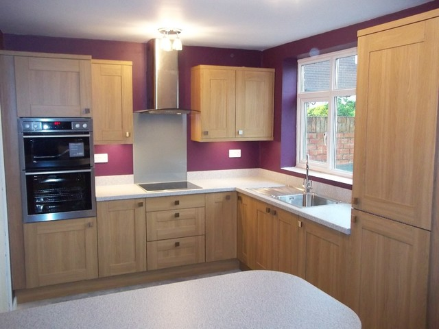 kitchen design hornchurch oak effect shaker kitchen in hornchurch 930