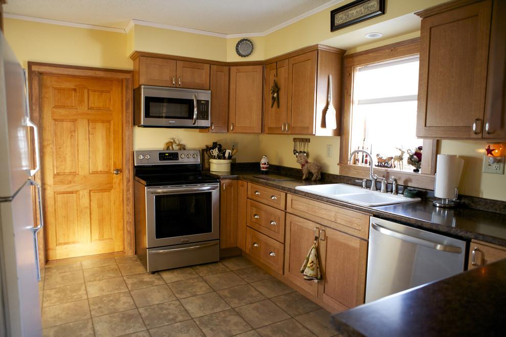 Oak Kitchen Cabinets Shaker Door