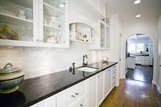 Oak Knoll 2 Kitchen - Kitchen - los angeles - by Chelsea ...