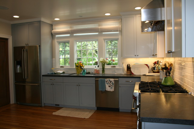 Oakland Hills Traditional traditional-kitchen