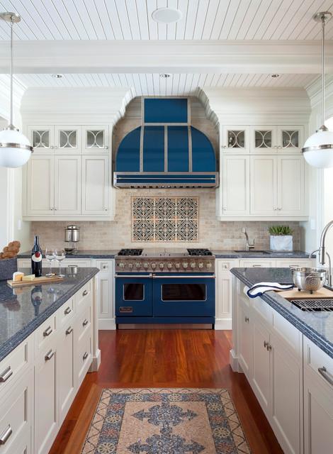 Oakville lakeside residence traditional kitchen for Kitchen design principles