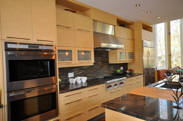 Oakville Residence Contemporary Kitchen Toronto By Roma Kitchens Design Centre