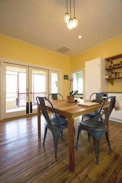 Oakwood Residence traditional-kitchen