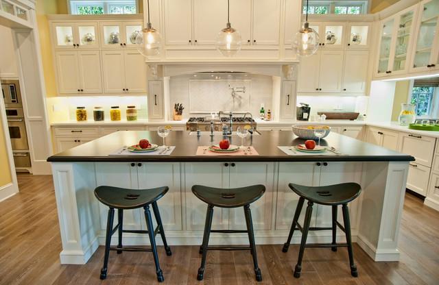 Oceano traditional-kitchen