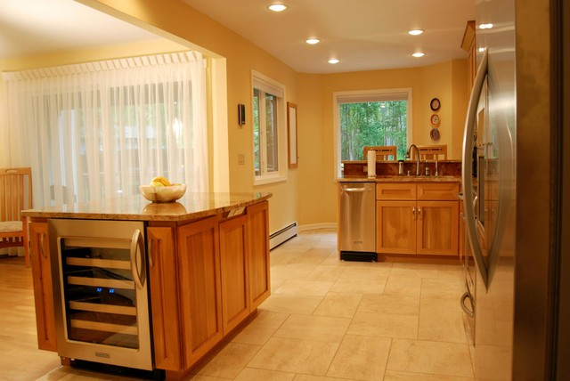 Oceanview anchorage kitchen traditional kitchen for Bathroom remodel anchorage