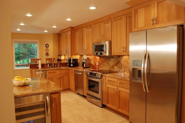 Oceanview (Anchorage) Kitchen traditional-kitchen