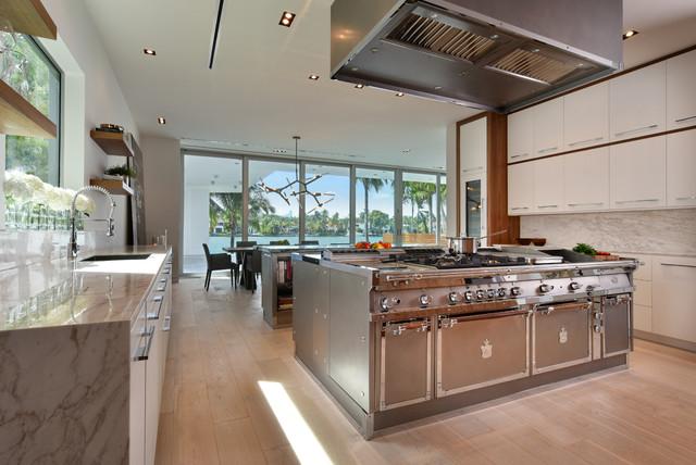 Tropical Modern Masterpiece Kitchen