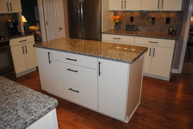 "... Bronze Cabinet Bar Pulls and Fixtures, White ""Rohe"" Cabinets kitchen"