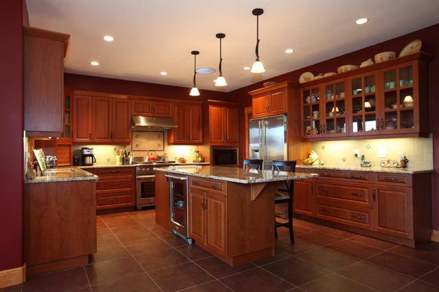 Okanagan craftsman lumby arts crafts kitchen for Kitchen cabinets kelowna
