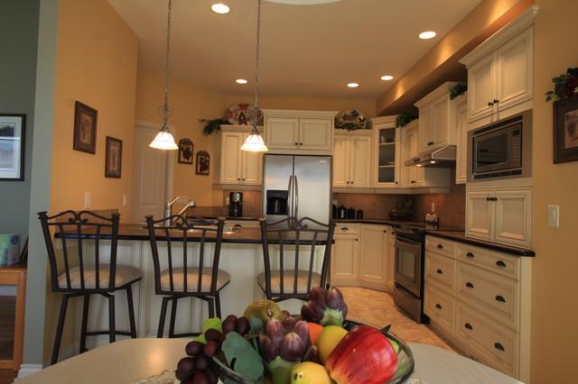OKTW - Winfield traditional-kitchen