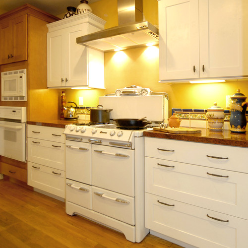 Did you need a heat shield or anything between the stove and cabinets?