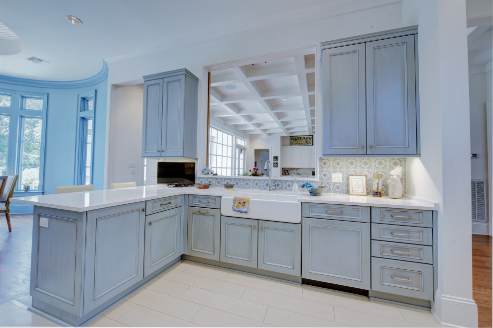 Old Metairie Traditional - Traditional - Kitchen - New ...
