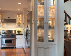 Old Mill Park traditional-kitchen