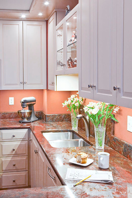 Old Orchard Beach traditional-kitchen