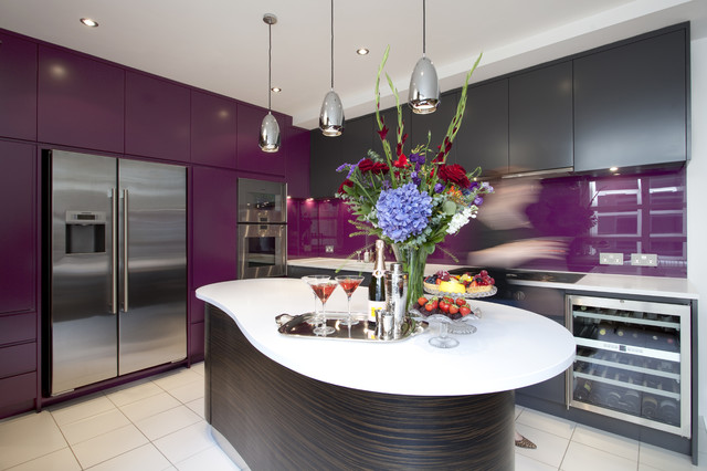 contemporary kitchen by Increation