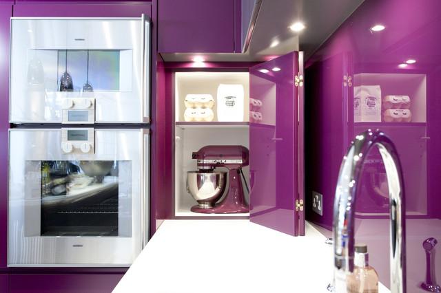Hidden Agenda: 15 Cleverly Concealed Kitchen Storage Spaces