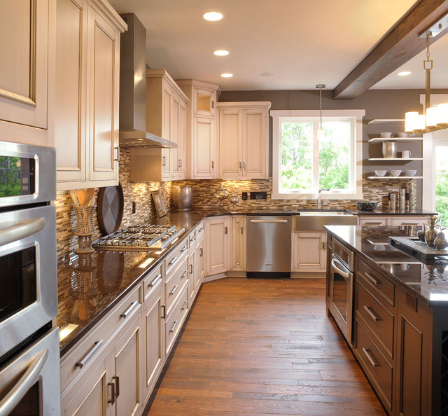 olentangy falls delaware oh traditional kitchen - Delaware Kitchen Cabinets