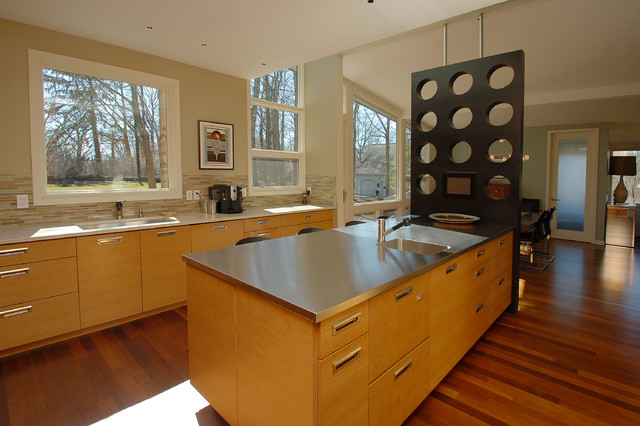 Oliver Ct contemporary-kitchen
