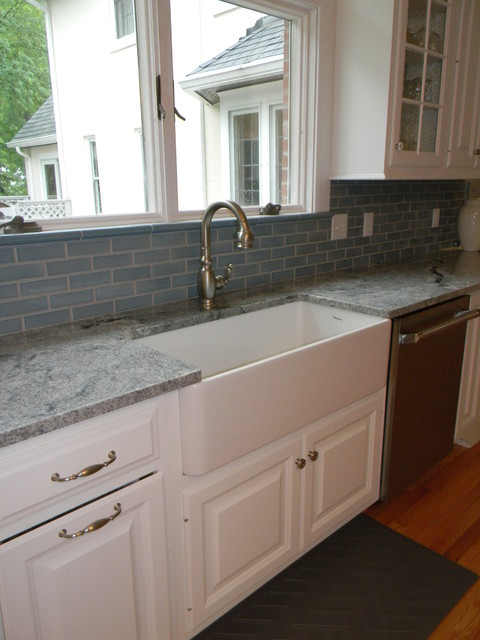 Oliver Rd traditional-kitchen