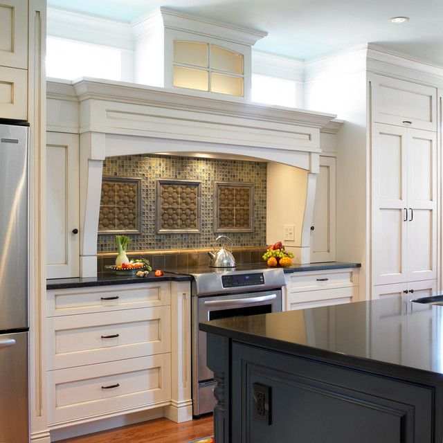 Oliver Street traditional-kitchen