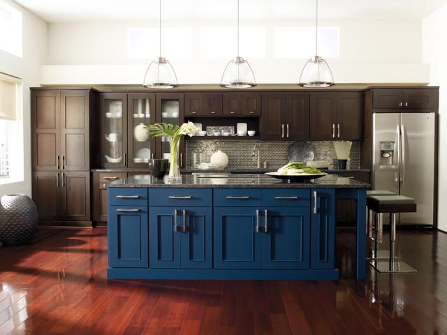 ... Kitchen Cabinets - Modern - Kitchen - by MasterBrand Cabinets, Inc