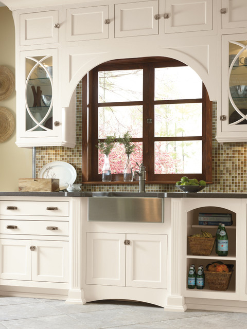 Omega Cabinetry Traditional Kitchen