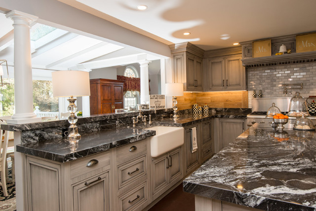 Omega Pinnacle Amp Dynasty Kitchen Cabinets Transitional