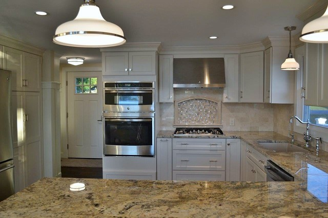 On The Lake Beach Style Kitchen Other By Lakeside Kitchen Design