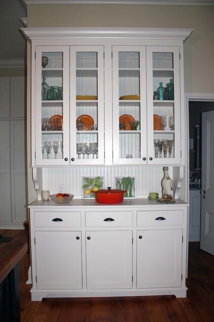 Ontario Cottage traditional-kitchen